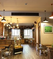 Shanti Tea House & Shop