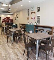 Dunbri's Dessert Cafe
