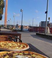 Livia Pizzeria