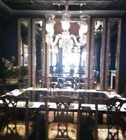 Cafe We