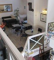 Café Le Themis