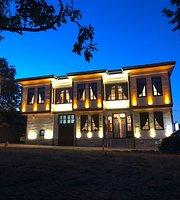Tarihi Demiralay Konagi Ecelfe Restaurant