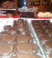 Virgen Negra - Chocolateria Y Alfajores