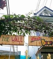 The Wall - Fresh Beer DaLat