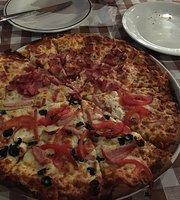 Tis Pizza's Mezeklikia