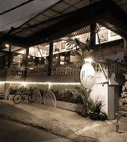 Muse Cafe & Art