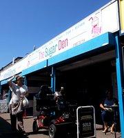 The Sugar Den - Towyn