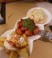 Trinis Restaurant
