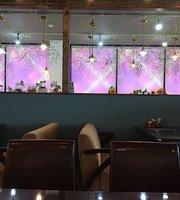 Cafe Aoyama Niitsu