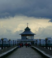 Tiffin at the Pier
