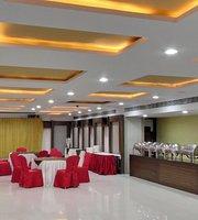 Surabhi Grand Muliticuisine Family Restaurant