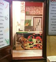 Delizia pizza al metro