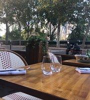 Clara R. rated 4/5  Super restaurant avec une tres jolie vue, une belle terrasse et une equipe tres agreable ! Les plats meriteraient d'avoir un tout petit plus de gout mais quand meme un super moment !  VOIR SUR LA CARTE Gabylou
