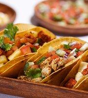 En Vivo! Cocina Latina