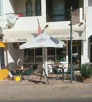 Bruine Cafe