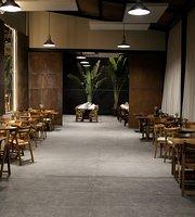 Pateo Zero Oito Restaurante