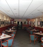Muskie's Gourmet House