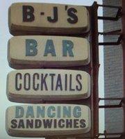 Burton Lounge