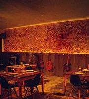 Esquilha Restaurante & Lounge
