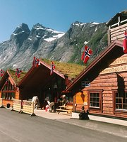 Trollstigen Camping and Guesthouse Restaurant