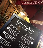 Life Bistrot - Plant Based Restaurant - Archaeological Site