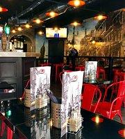 Red Dog Café