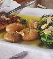 Katekero Restaurant, Costa Nova