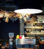 XueTian Cafe