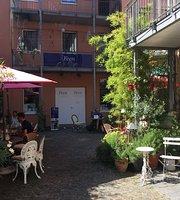 Cafe & Bistro a Midi