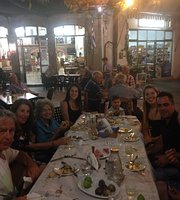 Taverna Tis Menis