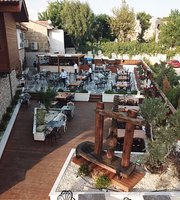 Tykhe Lounge & Restaurant