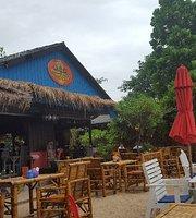 Treehouse Silent Beach