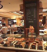 Cafe D' Avignon