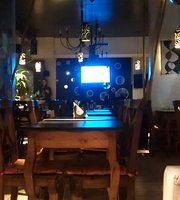 Crazy Diamond Resto Bar