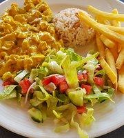 Rami family Restaurant & Cafe