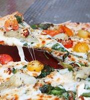Reginelli's Pizzeria (Poydras)