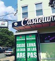 Casdeluna Bar and Restaurant y Arepera