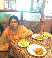 Raja Hotel Restaurant