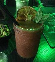 Esencial Lounge Bar