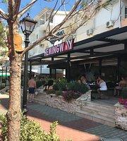 Resto Cafe Hemingway