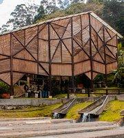 Restaurante Montearroyo: Pesca deportiva & parque de aventura