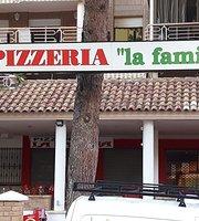 Pizzeria La Familia