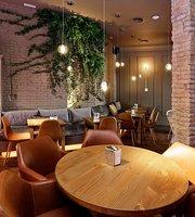 Pebre Negre Restaurant