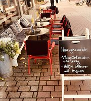 MoMa Café Bar