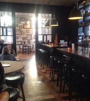 Eva's Grand Cafe