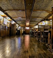 """Grill & Bar """"Shagyr"""""""