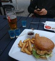 7 Street Bar & Grill