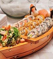 Arome Sushi & Wok