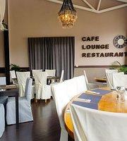 Restaurant & Lounge M