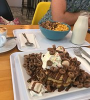 Crunch Cereal Cafe